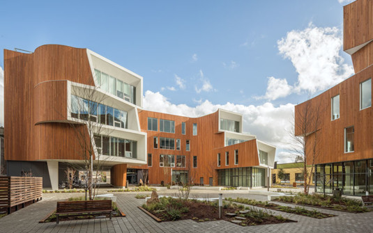 Wood Meets Structural, Aesthetic, and Sustainability Goals at One Nort