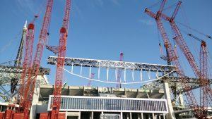 Four-crane lift using custom-designed lift frames.